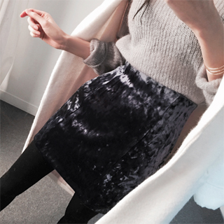 velvet skirt (black, navy, wine)