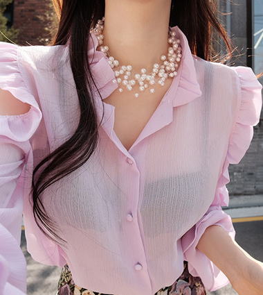 kyra pearl necklace